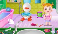 Малышка Хейзел наводит порядок в ванной