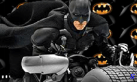 Бэтмен на бэтцикле