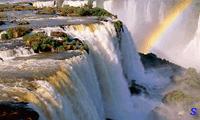 Необыкновенный водопад